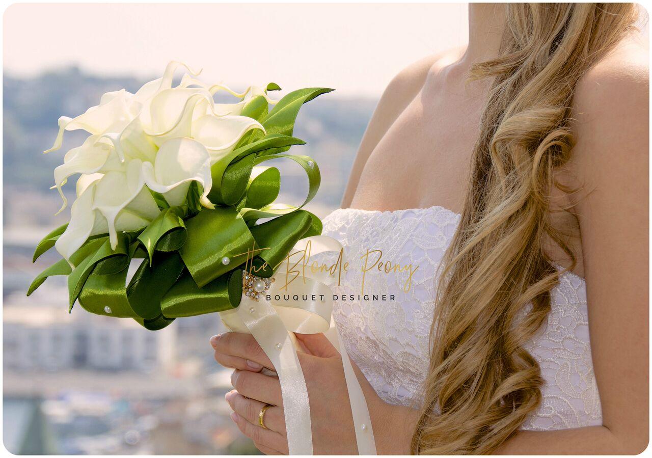 Bouquet Sposa Giugno.Bouquet Di Calle Bouquet Sposa Designer The Blonde Peony